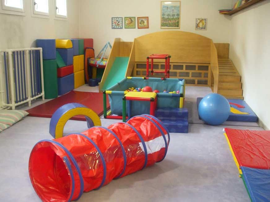 Villaggio della madre e del fanciullo for Sala giochi del garage